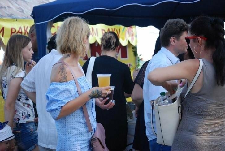Бердянский фестиваль пива собрал большое количество почитателей пенного, фото-1