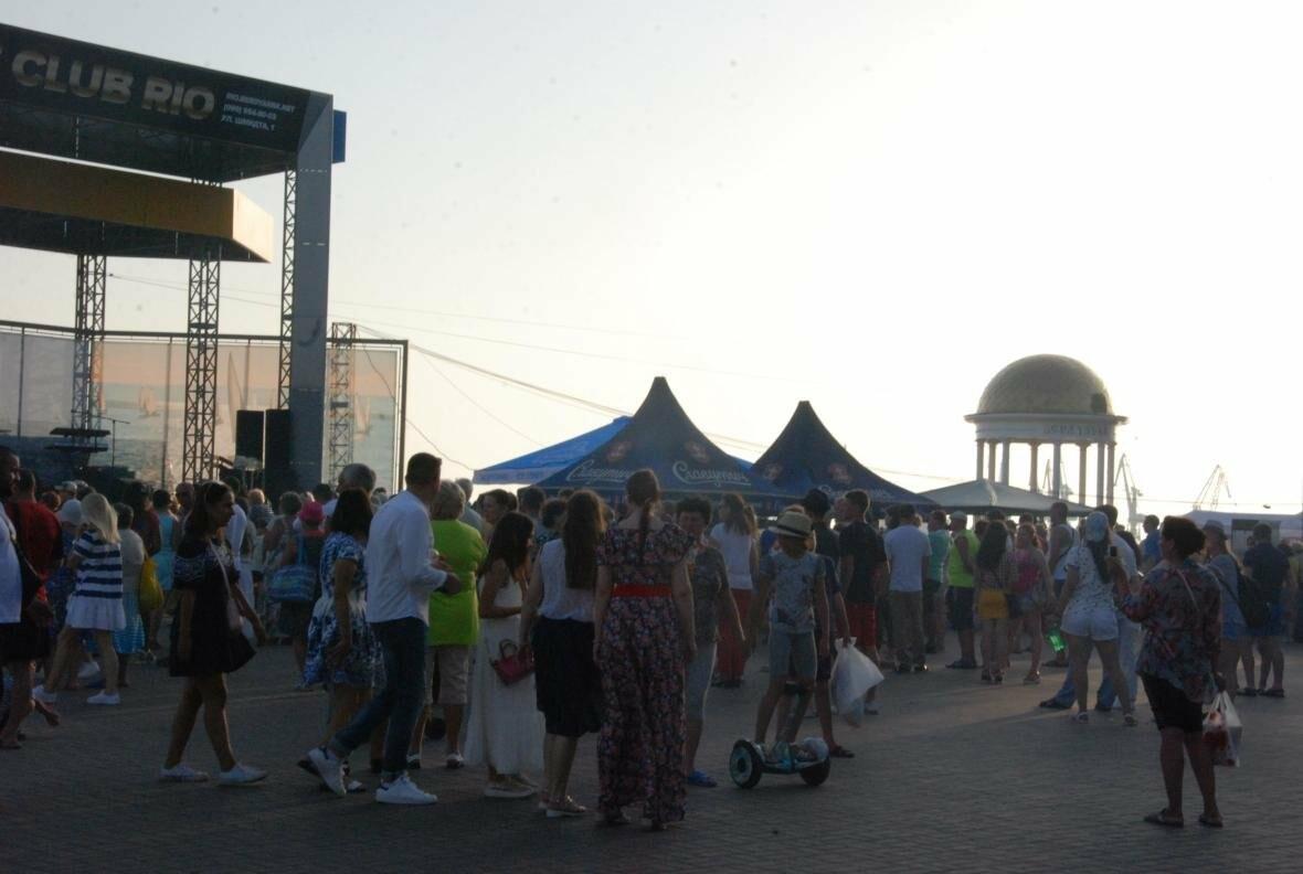 Бердянский фестиваль пива собрал большое количество почитателей пенного, фото-2