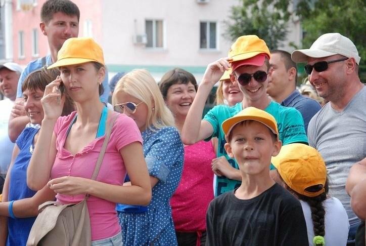 Викторина и фотовыстовка «Узнай мгновения твоей Европы» прошла в Бердянске (ФОТОРЕПОРТАЖ), фото-9