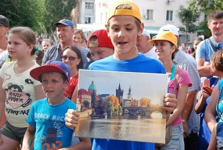 Викторина и фотовыстовка «Узнай мгновения твоей Европы» прошла в Бердянске (ФОТОРЕПОРТАЖ), фото-13