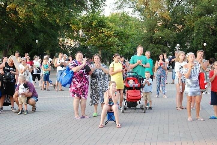 В Бердянске прошел концерт муниципального оркестра «Азовская чайка» (ФОТО), фото-9