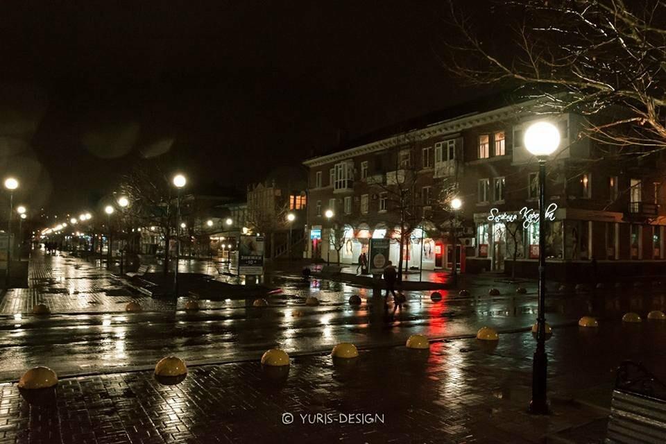 Ночью Бердянск преображается (ФОТОРЕПОРТАЖ), фото-9