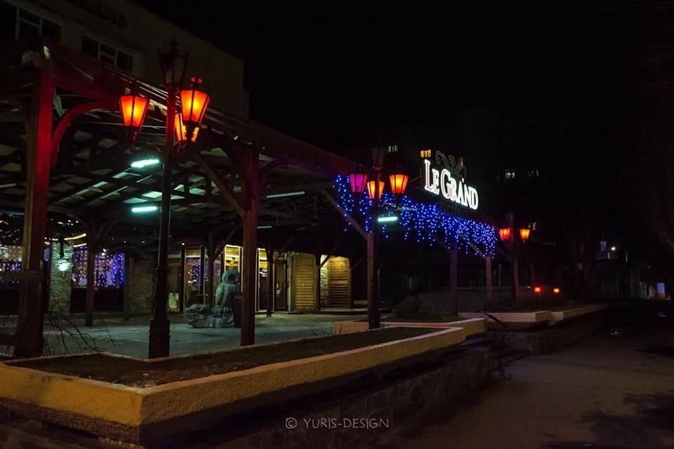 Ночью Бердянск преображается (ФОТОРЕПОРТАЖ), фото-3