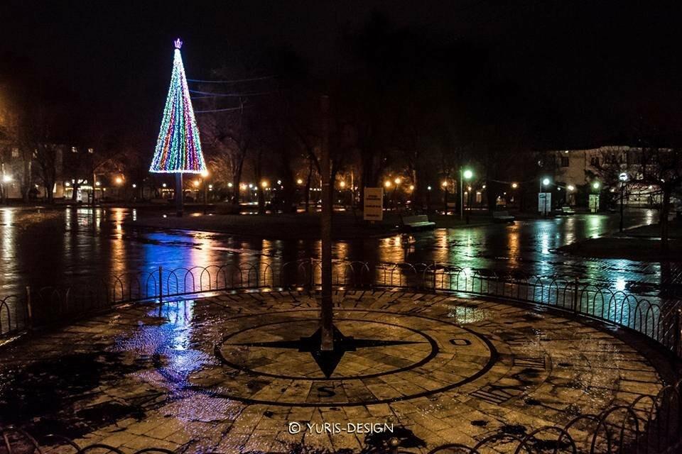 Ночью Бердянск преображается (ФОТОРЕПОРТАЖ), фото-13