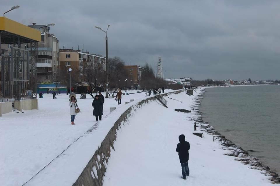 В Бердянск пришла настоящая зима (ФОТО), фото-16