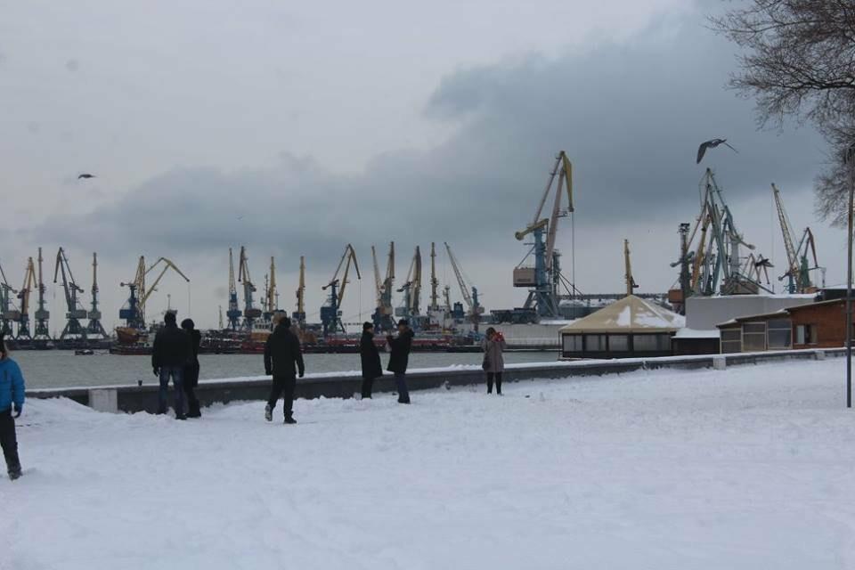 В Бердянск пришла настоящая зима (ФОТО), фото-17