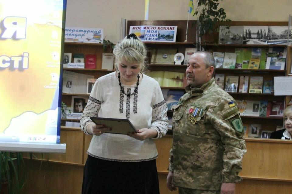 Общественность Бердянска отметила День Соборности Украины (ФОТО), фото-14