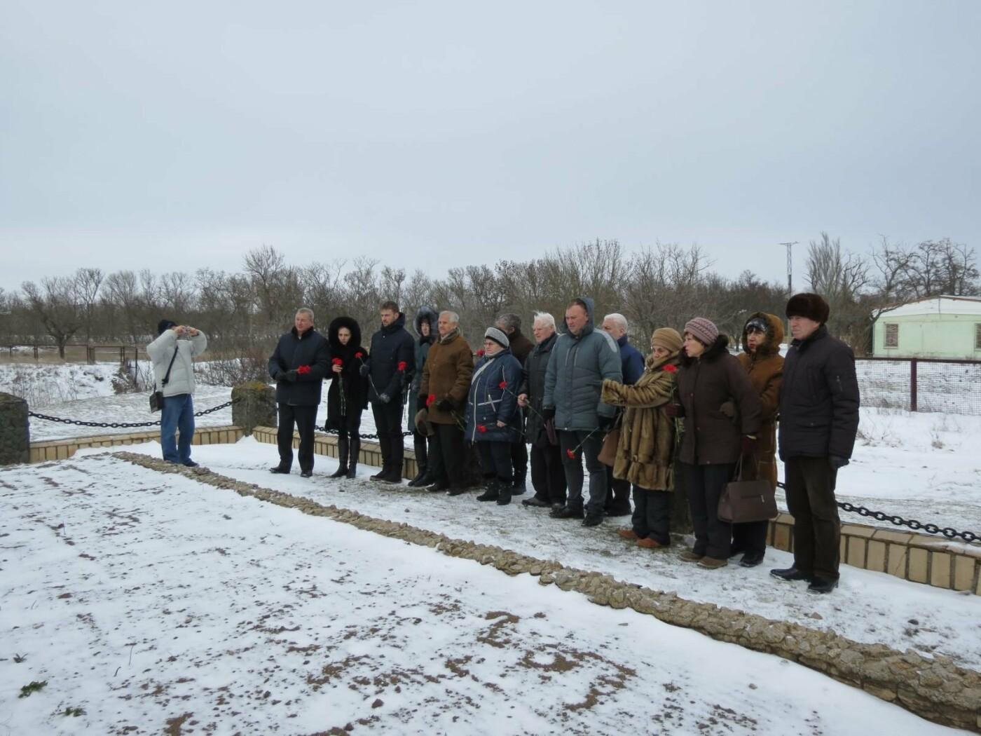 В Бердянске почтили память жертв Холокоста (ФОТО), фото-8