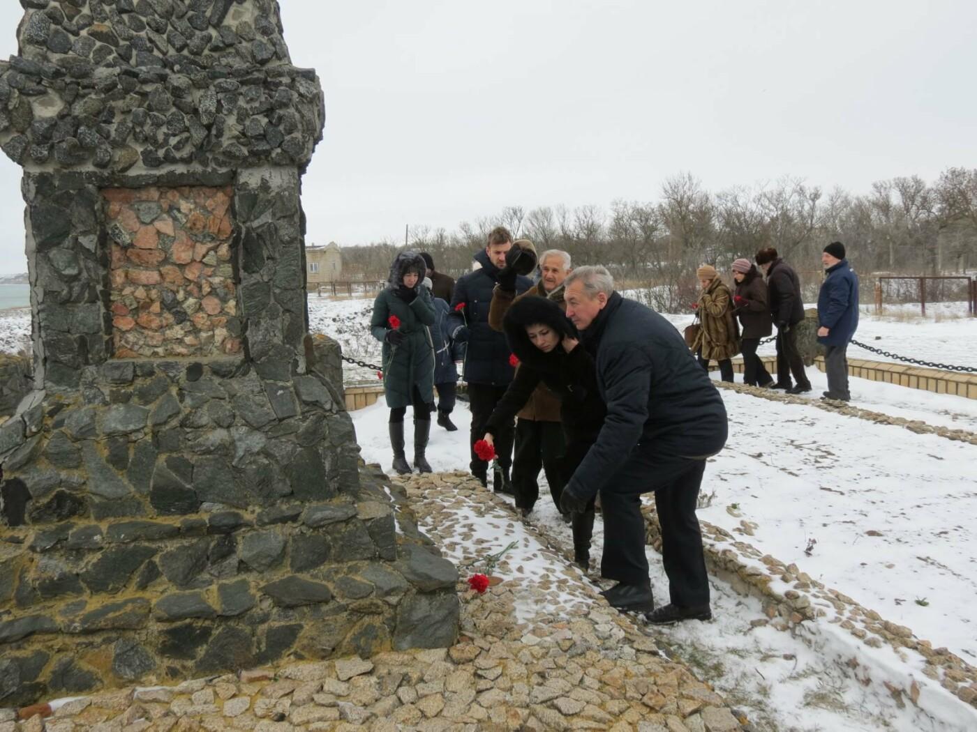 В Бердянске почтили память жертв Холокоста (ФОТО), фото-9