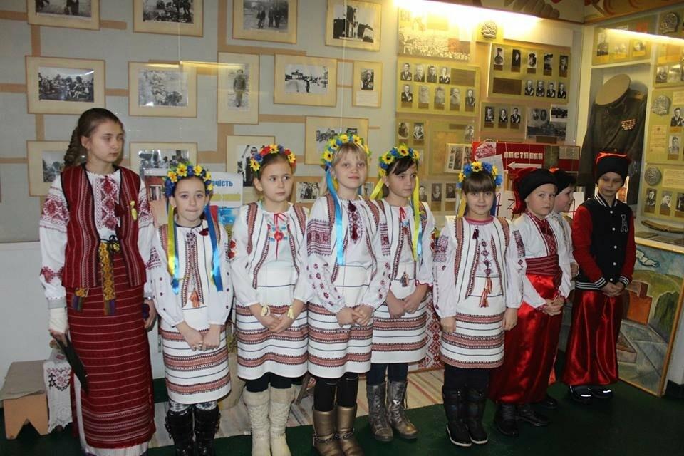 Общественность Бердянска почтила память героев Крут (ФОТО), фото-4