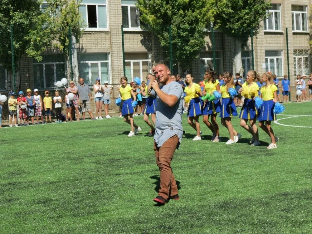 В Бердянске еще в двух школах появились новые мини-футбольные поля (ФОТО), фото-3