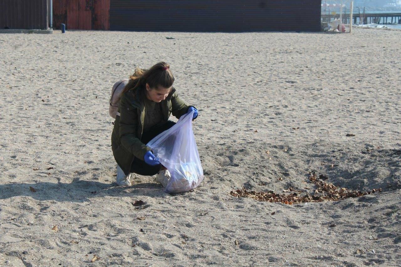 Бердянская молодёжь за чистые пляжи , фото-1