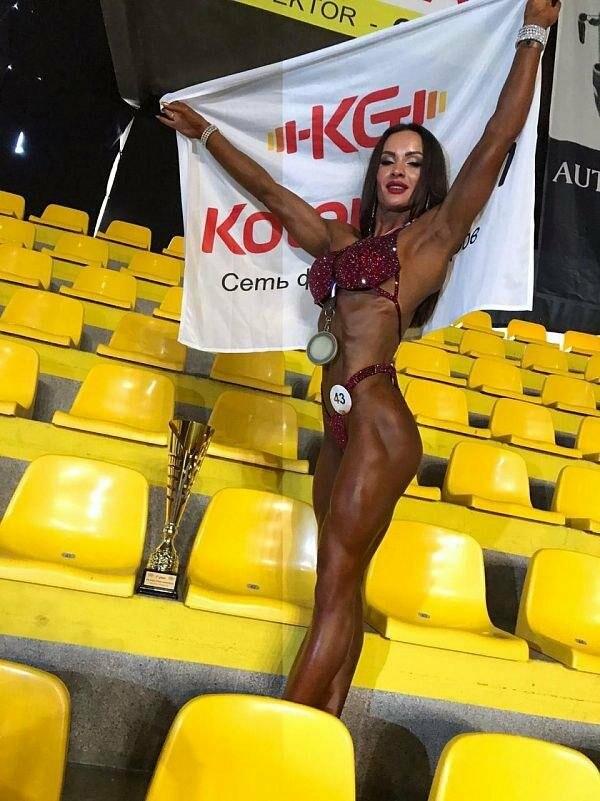 Жительница Бердянска Алла Паращук стала чемпионкой мира по бодифитнесу, фото-1