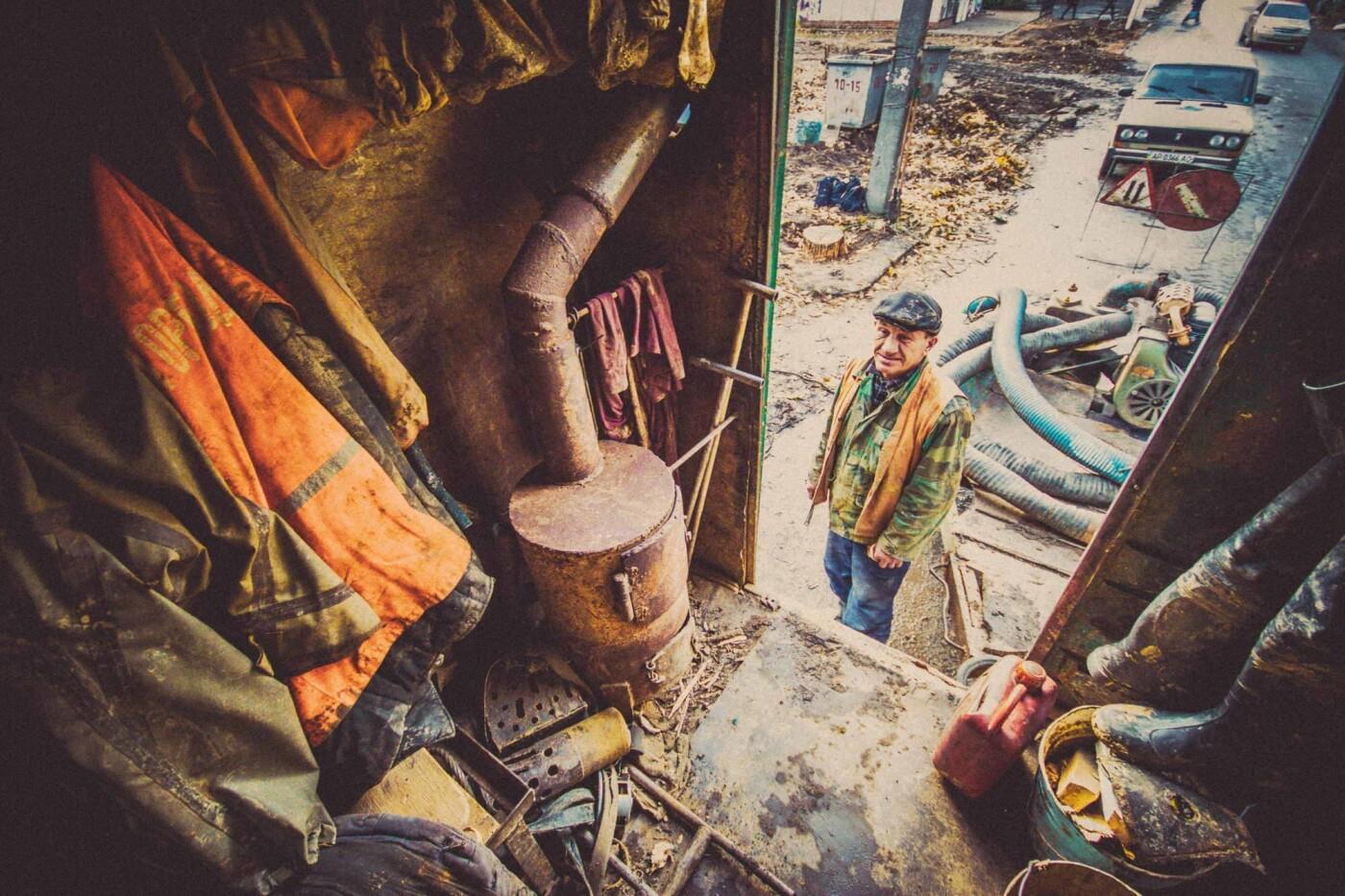 Трудовые будни работников горводоканала (шок-фото), фото-10