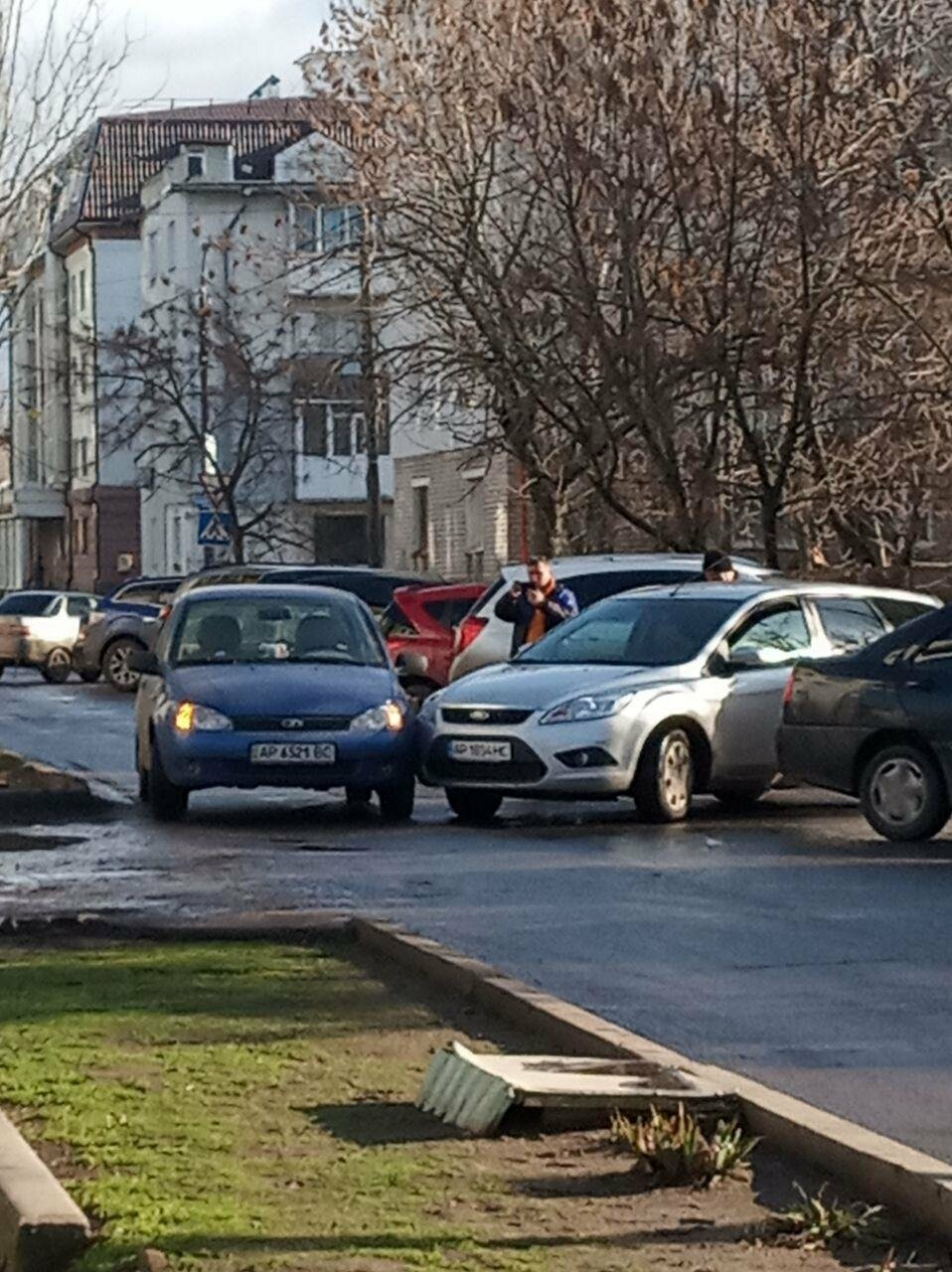 Авария по Коммунаров, движение затруднено , фото-1