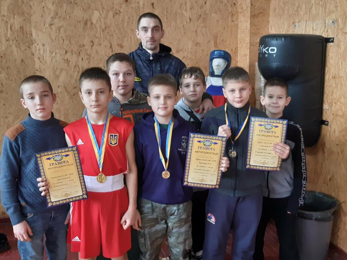 Бердянські юнаки-боксери впевнено перемогли на турнірі по боксу, фото-1