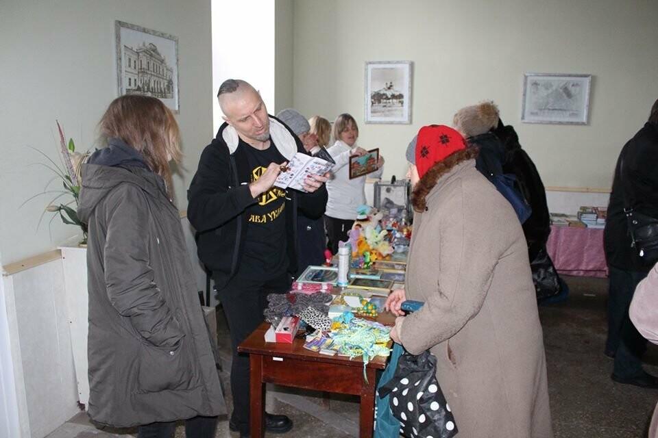 В Бердянську відбувся благодійний концерт – ярмарок «Врятувати комбата», фото-11
