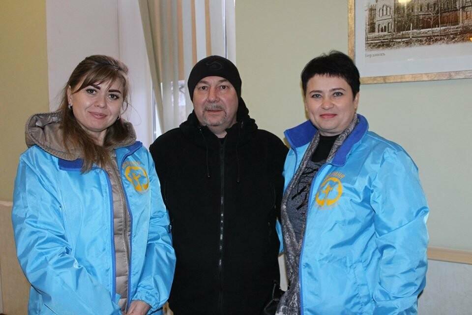 В Бердянську відбувся благодійний концерт – ярмарок «Врятувати комбата», фото-22