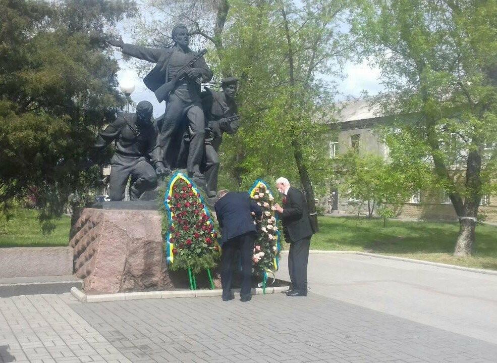 Депутаты почтили память погибших во время Второй мировой войны, - ФОТО, фото-5