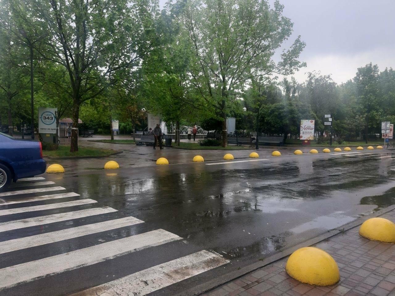 Бердянські водії продовжують порушувати правила паркування, фото-2
