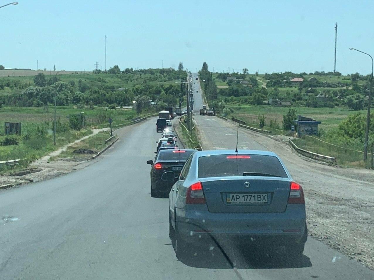 Водители, внимание! Пробка на трассе Запорожье-Бердянск, - ФОТО, ВИДЕО, фото-4