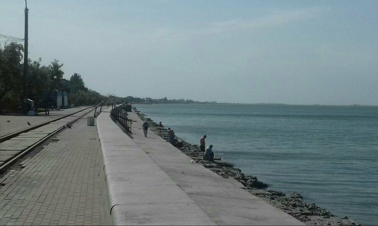 Центральный пляж Бердянска утром в будний день, фото-9