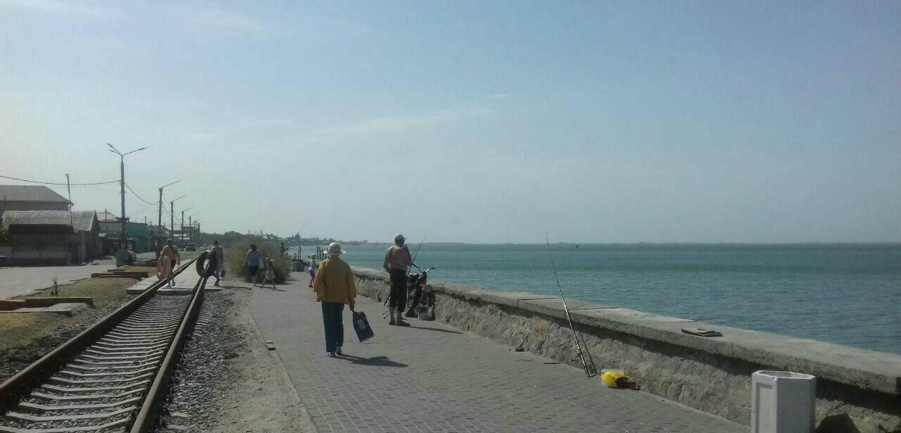 Центральный пляж Бердянска утром в будний день, фото-14