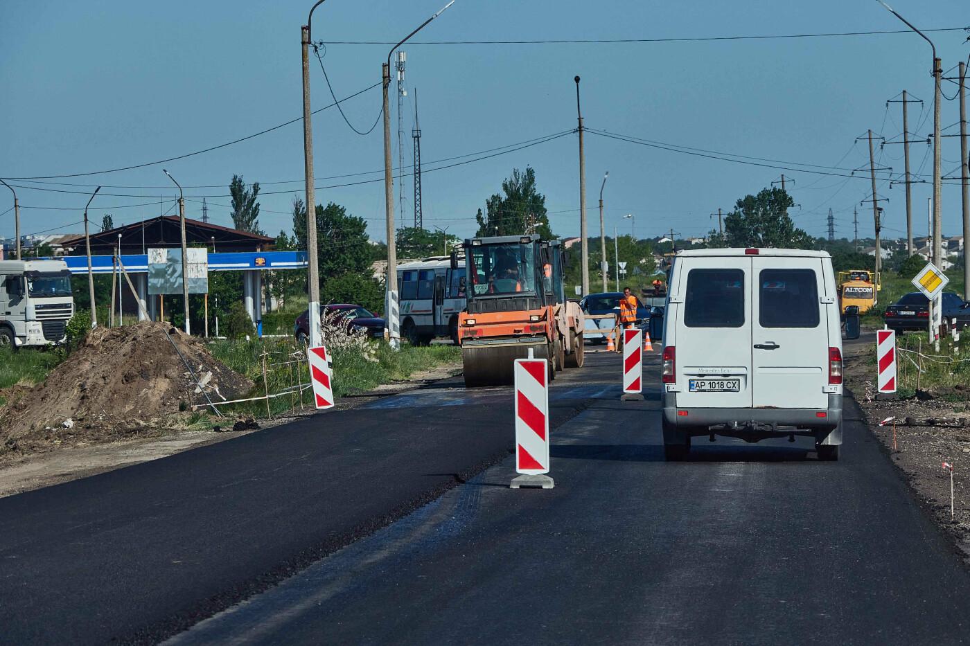 На участке Азовское-Бердянск продолжают ремонт дороги, - ФОТО, фото-20