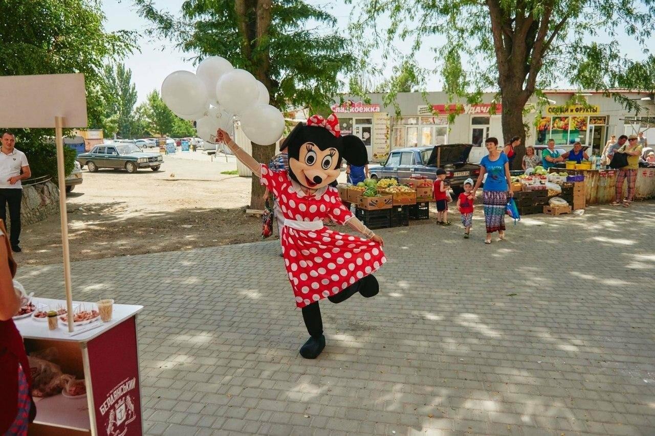В Бердянске на АКЗ пройдет открытие большого фирменного магазина бердянского мясокомбината, фото-1