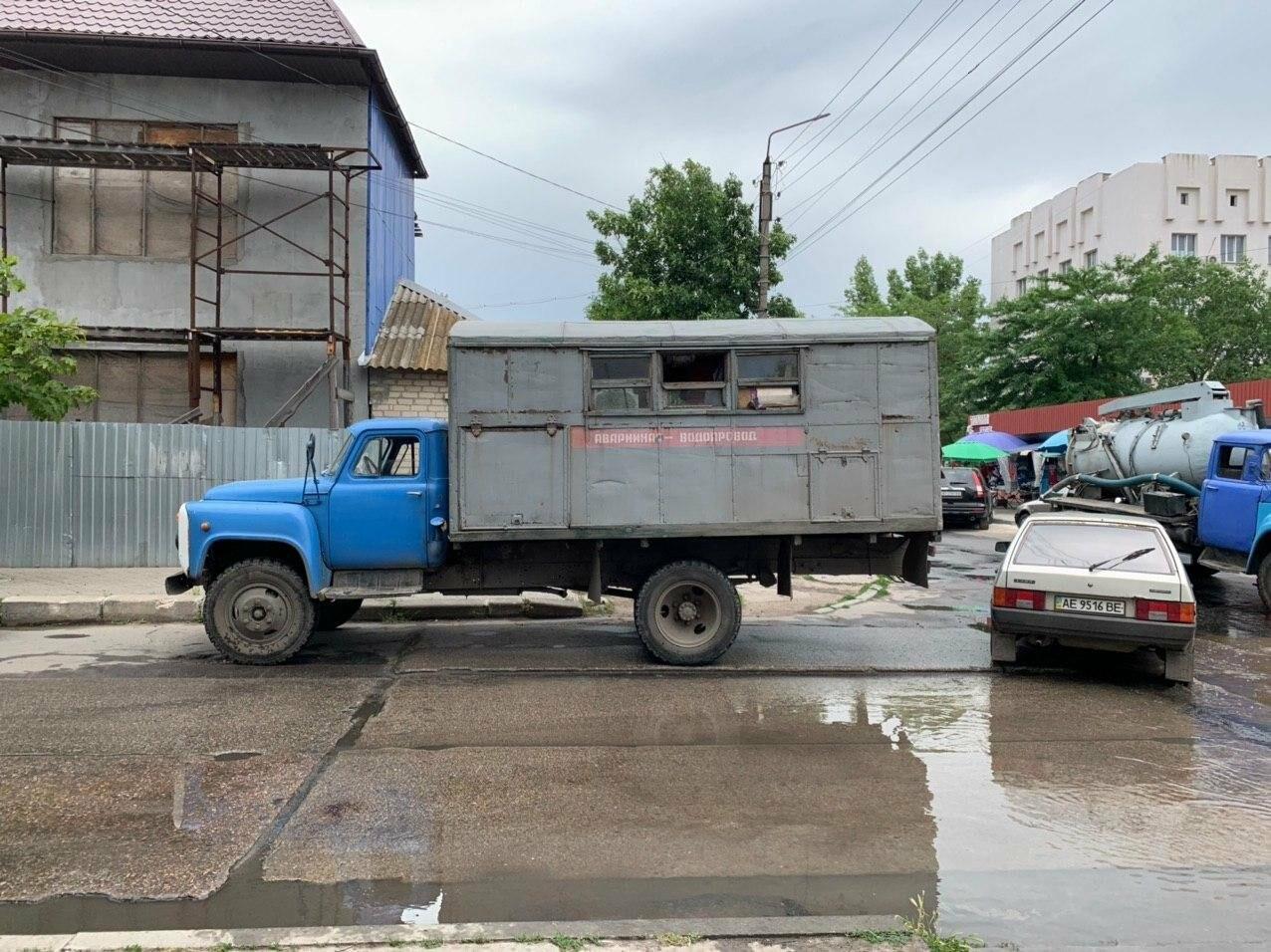 Порыв воды на улице Труда в Бердянске, - ФОТО, ВИДЕО, фото-2