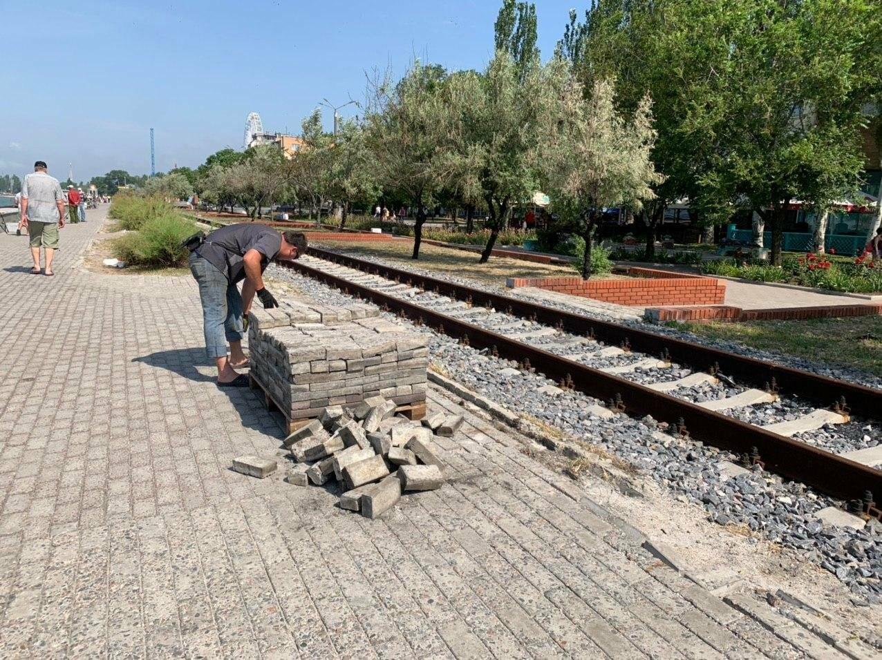 Набережную Бердянска приводят в порядок, фото-8