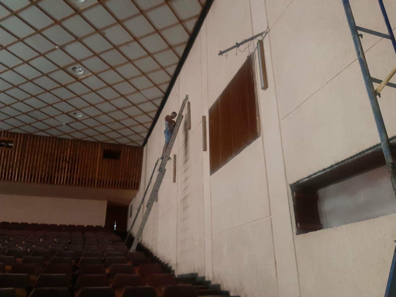 Масштабные ремонтные работы в малом зале бердянского ГДК, фото-5