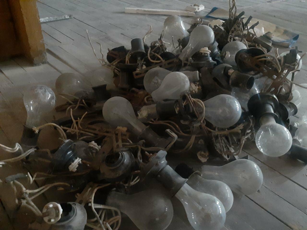 Масштабные ремонтные работы в малом зале бердянского ГДК, фото-11