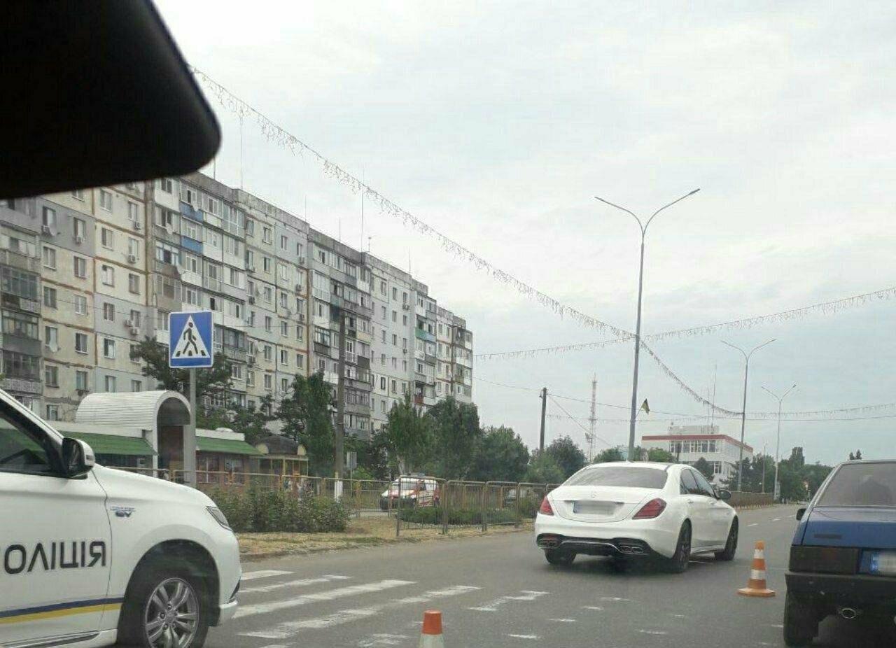 В Бердянске на пешеходном переходе сбили молодого парня, - ВИДЕО, фото-4
