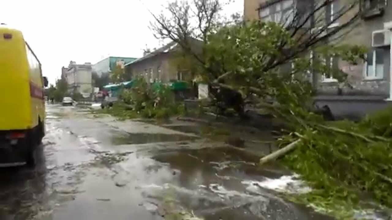 Ровно шесть лет назад ураган в Бердянске разрушил полгорода (фото), фото-4