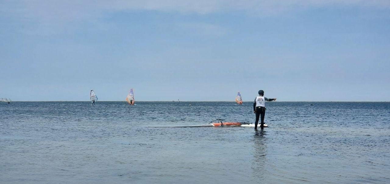 В Бердянске стартовали соревнования по виндсерфингу, фото-3