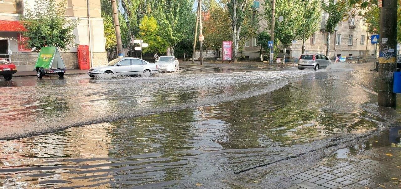В очередной раз Бердянск затопило после дождя, фото-4