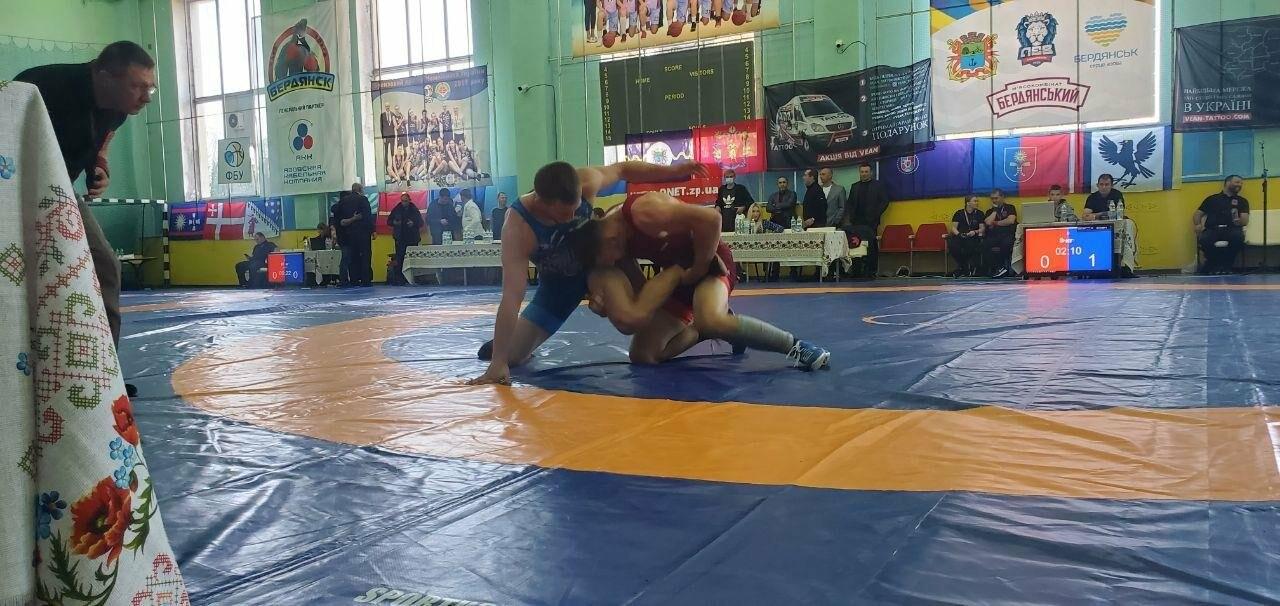В Бердянске стартовал Всеукраинский турнир по вольной борьбе , фото-3