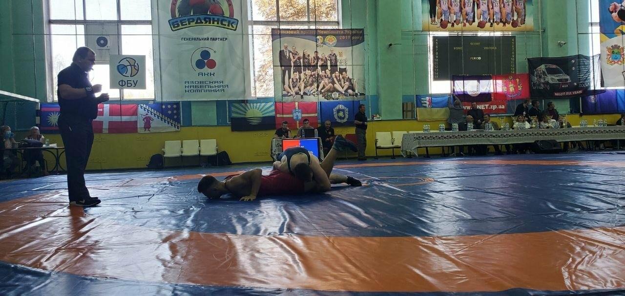 В Бердянске стартовал Всеукраинский турнир по вольной борьбе , фото-1