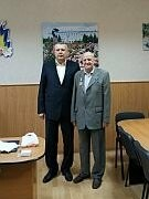 Почетный гражданин Бердянска награжден медалью, фото-1