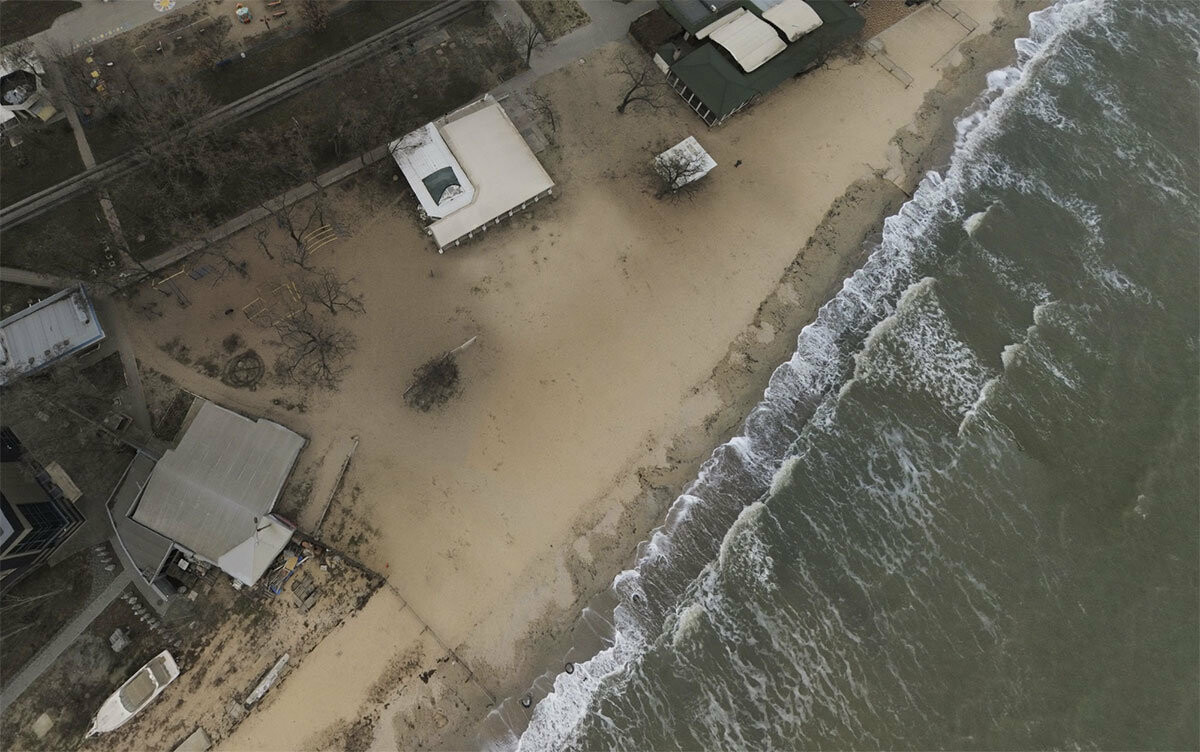 Благодаря прокуратуре земельный участок на центральном пляже в Бердянске вернут громаде, фото-1