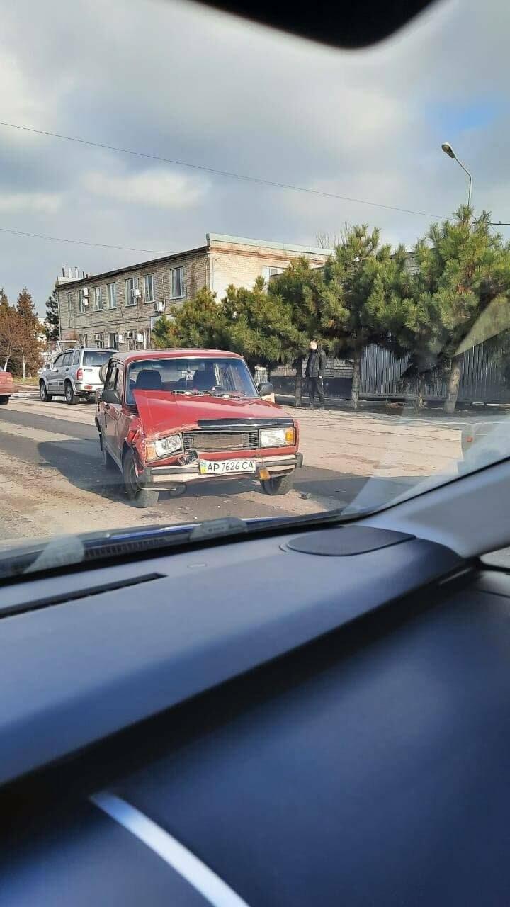 На проспекте Восточном столкнулись два автомобиля (фото), фото-1