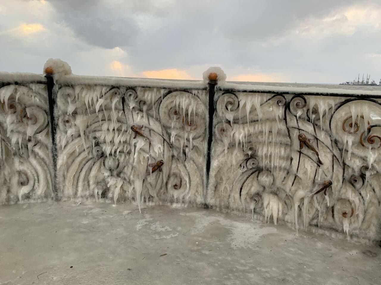 Подписчик 06153 отморозил руки, но прислал фото бердянской Набережной (ФОТО), фото-5