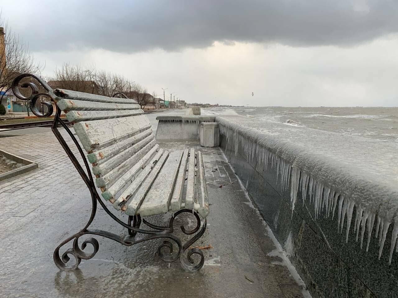 Подписчик 06153 отморозил руки, но прислал фото бердянской Набережной (ФОТО), фото-10