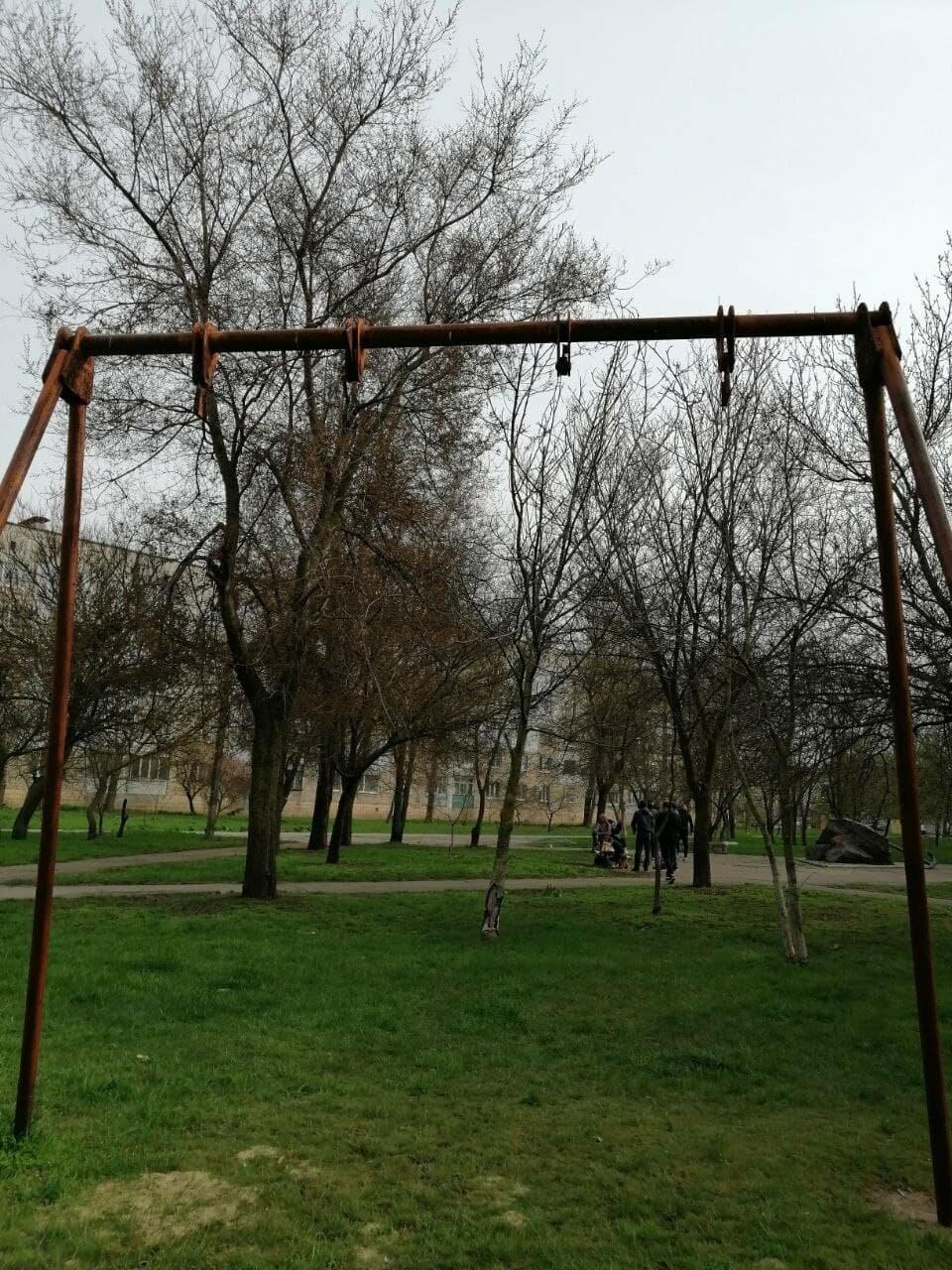 Другой Бердянск: бесхозные детские площадки, фото-7