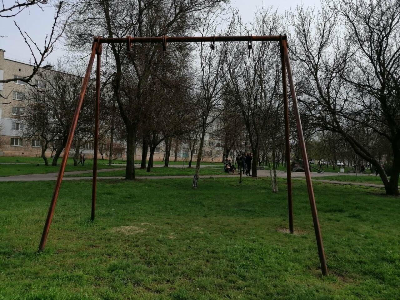 Другой Бердянск: бесхозные детские площадки, фото-6
