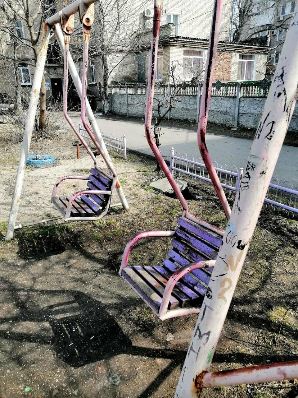 Другой Бердянск: бесхозные детские площадки, фото-3