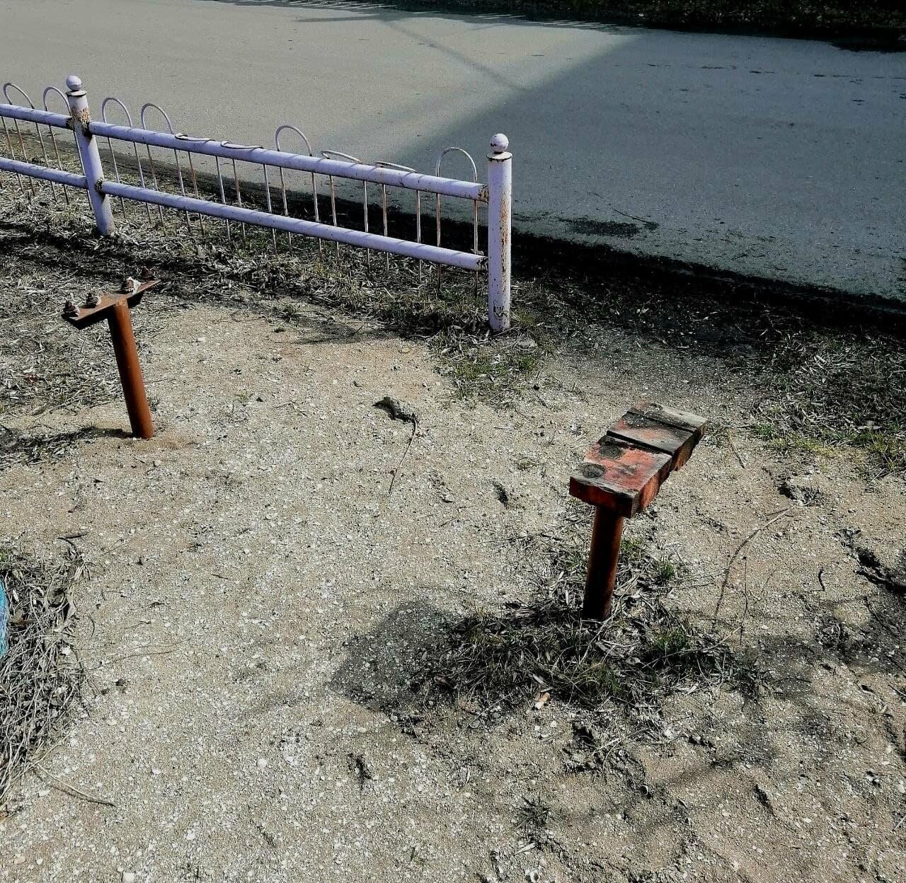 Другой Бердянск: бесхозные детские площадки, фото-2