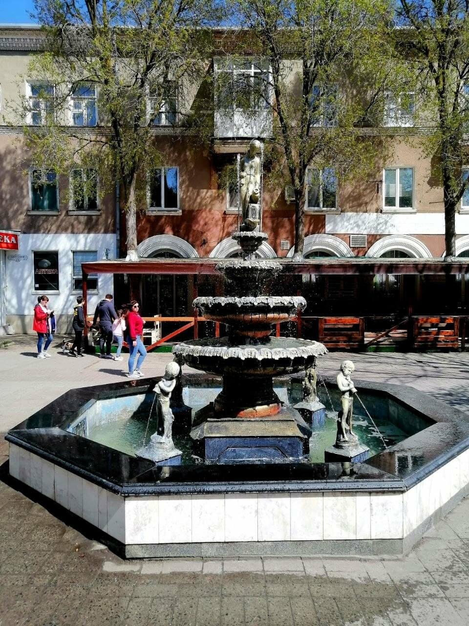 Бердянск встретил Первомай открытием фонтанов и летних площадок (ФОТО), фото-6