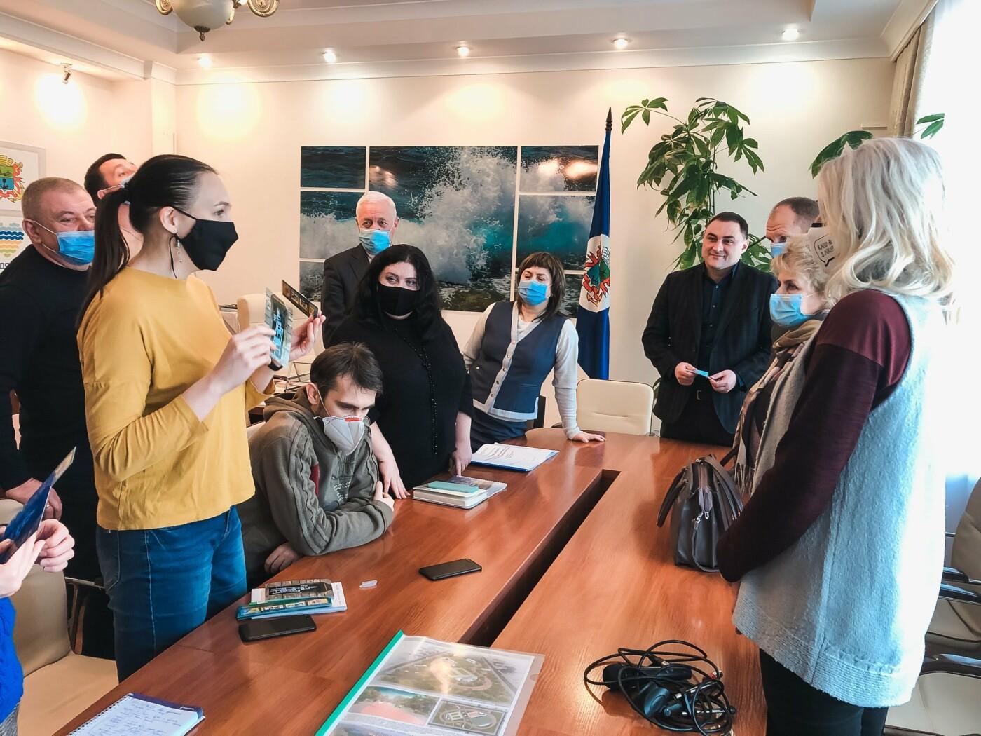 Бердянская активистка Алла Мельничук: «Всё новое и креативное стараюсь привнести  в работу антикафе», фото-2